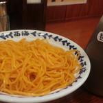 ラーメン 西海 - 替え玉120円をやっぱり赤麺 替え玉のたれも付いてきます