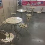 横浜舞岡病院売店 - 売店の横が飲食スペースになっています