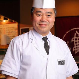 寿司職人ひとすじに磨いた腕を、今日もお客様の笑顔のために奮う