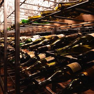 ◆30種類以上◆お食事に合うこだわりのワインも充実ッ!