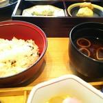 Sagami - 筍ご飯と赤出汁