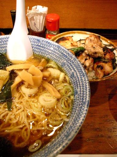 鳥政 - ラーメン&焼鳥丼(ランチ)