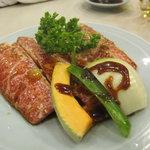 焼肉レストラン金剛山 - 上カルビ(1700円)