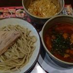 ラーメン無限大 - うま辛つけ麺(トッピング:辛ネギ)