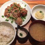 暖厨 - 若鶏のから揚げさっぱりソース定食