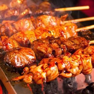 自慢の【朝〆豚の焼豚】【野菜巻き串】【炭火炉端焼き】【鮮魚】