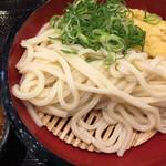 丸亀製麺 - ざるうどん大¥390に、レンコン天ぷら¥110