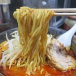 元祖旨辛系タンメン 荒木屋 - 「大辛肉味噌麺」(800円)+「チャーシュー」(100円)