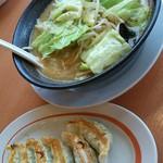 幸楽苑 - こうばしい野菜炒めがたっぷりです♪