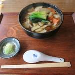 日野宿 ちばい - 冬は根菜 温かいそば1,000円+大盛り150円