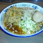 肉盛麺工房 ニク助 - 肉盛麺(肉130g)