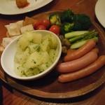 欧風食堂 Tout Va Bien - チーズフォンデュの種たち