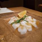 64122682 - 真蛸のお刺身 天然塩とゴマ油