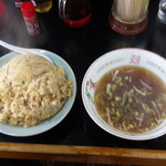キッチンあべ - チャーハン(大盛・スープ)