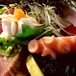 64126289 - 海鮮丼