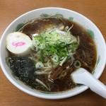 新さっぽろらーめん 龍竜 - 醤油ラーメン700円、クーポン利用100円引きになります。