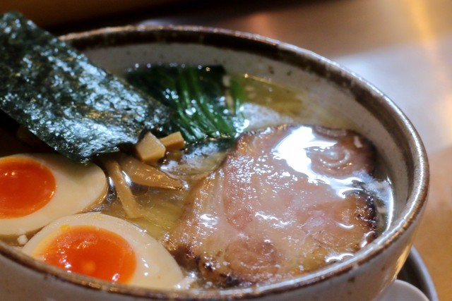 麺屋才蔵 - 鶏味玉しお