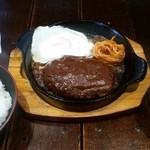食事処 とんでん龍 - 鉄板ハンバーグステーキ定食(税込1,000円)