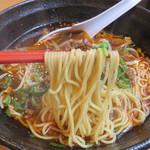 大名ちんちん - 麺は細麺でした。
