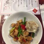 64141071 - 2017.3.2  鶏肉と野菜の炒め&焼売