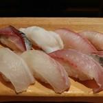 海鮮山 - 握り寿司8貫