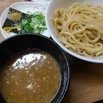 春樹 - 超濃厚つけ麺(中盛)
