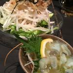 坐・楽 - 料理写真:大根サラダ・たこわさ