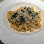 トラットリア ベーネ - 料理写真:フェトチーネ
