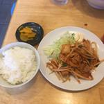 らーめんやひろ - 豚キムチセット+380円