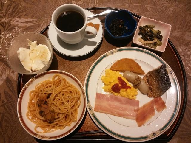 https://tblg.k-img.com/restaurant/images/Rvw/64153/640x640_rect_64153598.jpg