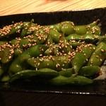 ラッキーフィンガーズ - 料理写真:Hot spicy Edamame ¥540