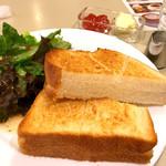 カフェーパウリスタ - トーストセット