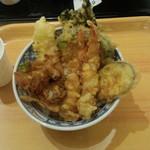 江戸前天丼 濱乃屋 - 天丼(690円)