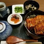 ひつまぶし 稲生 エスカ店 - ひつまぶし(2650円)