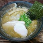長田屋 - 濃厚煮干し中華そば(750円)
