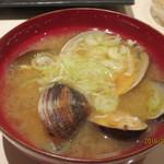鮨 なかや - アサリの味噌汁
