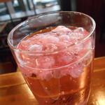ワイン スタンド バジル - 桜がたくさん