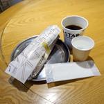 ロースター - ベーコンエッグサンド354円、コーヒーR108円