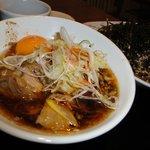 豚のさんぽ 長野店 - 温かい角煮蕎麦(小盛り)