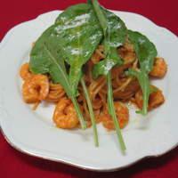 アレックス - アレッタ(海老、ルコラ、トマトソース、生クリームのスパゲッティ)