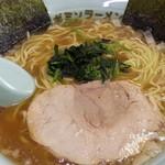 ラーメンショップ - 料理写真:ラーメン500円
