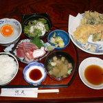 食処 鶴天 - ランチ【お刺身定食(天ぷら付)800円】
