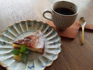 高島ワニカフェ - カフェタイムのチーズケーキ