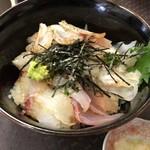 ぐっさん - 海鮮丼です。