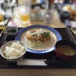 石川ゴルフ倶楽部 レストラン -