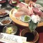 地魚料理 まるさん屋 - ご飯は福井県産。うまい。ブリの刺身脂すごい!コリコリ