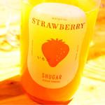 全国各地の日本酒100種類飲み比べ時間無制限 KURAND SAKE MARKET - いちごのお酒