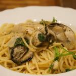 バル OTTO - 牡蠣の葱オイル和風ペペロンチーノです(2017.3.20)