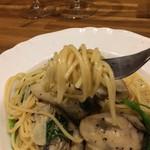 バル OTTO - 乾麺1.5mmフェデリーニ、ツルツル喉越しが好きなサイズです!(2017.3.20)