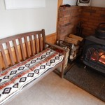 寿屋 - 冬季の暖房は薪ストーブ